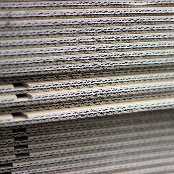 Brico+ | Material Auxiliar CARTÓN